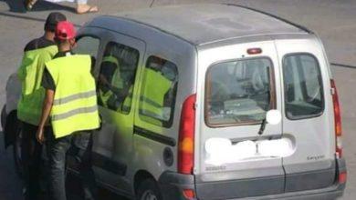 صورة حراس السيارات اسعار خيالية وفوضى عارمة تجاه المواطنين