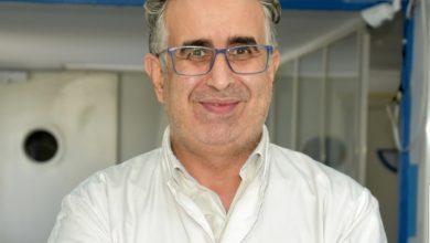 """صورة البروفسور عز الدين الإبراهيمي """" اشتدي أزمة تنفرجي"""""""