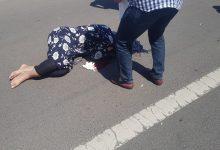 صورة حادثة سير مروعة ترسل سائقة دراجة نارية لمستعجلات مراكش